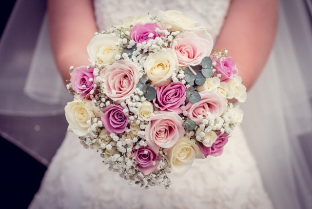 Ivory roses pink roses with gypsophila