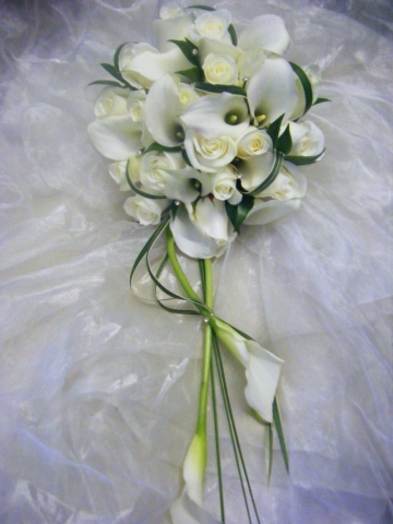 White calla lily ivory rose stunning bridal bouquet