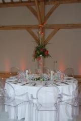 Tropical flowers vase red house barn