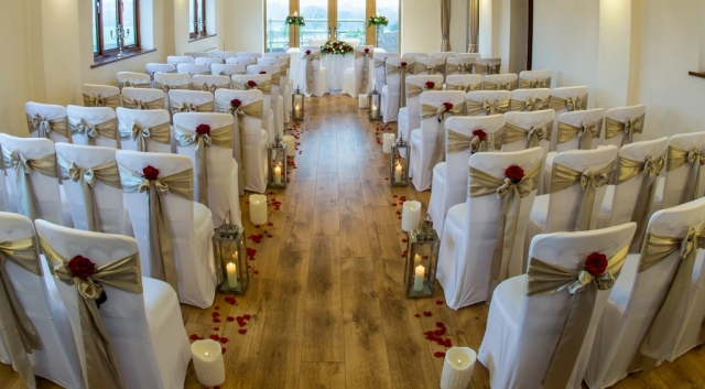 lantern & petals alter arrangement civil ceremony venue dressing redditch flair with flowers