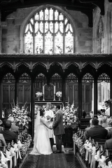 church pedestals pew ends pew bows Church flowers with aisle flowers and  pedestals