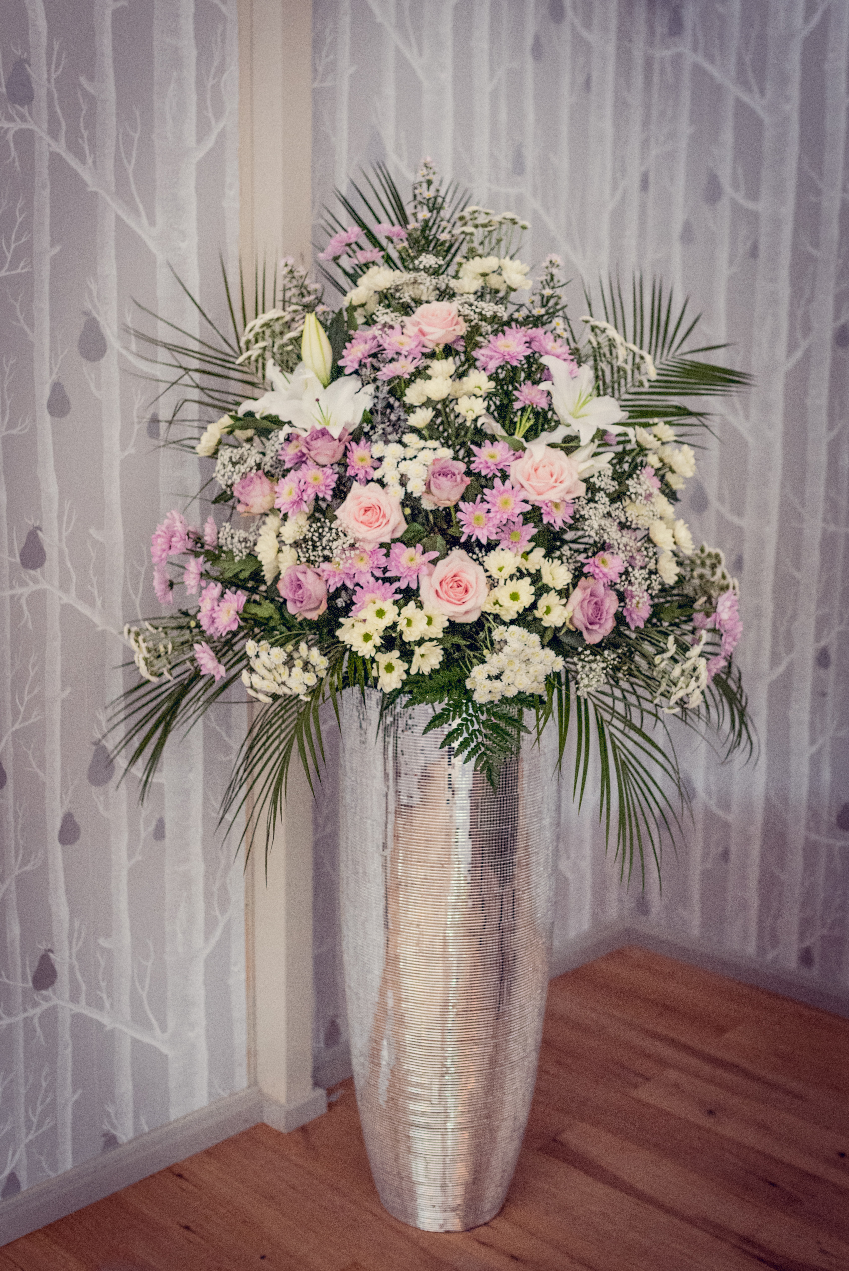 entrance flowers Pink white pedestal flowers hampton manor bling wedding