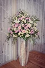 bling pedestal pink white flowers