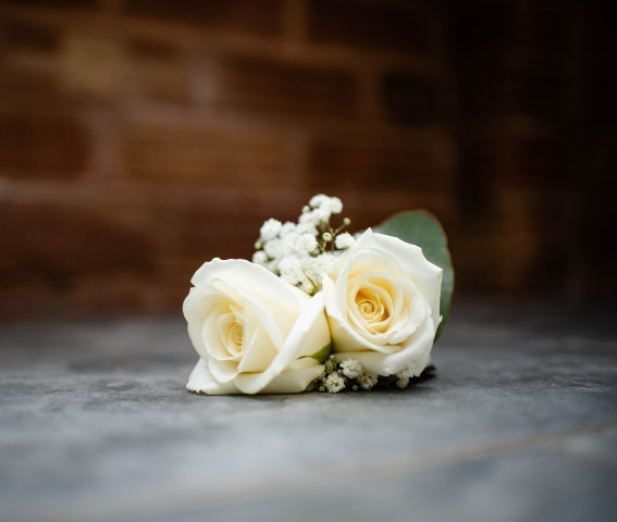 ladies wedding corsage ivory flowers