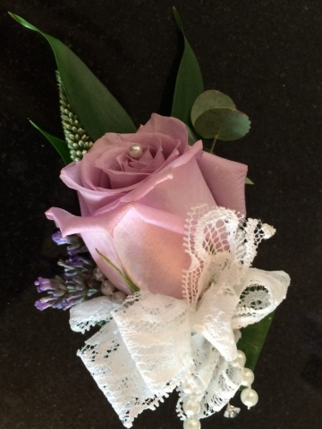lace wedding lilac roses