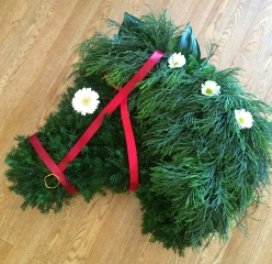 Horses head in foliages bespoke tribute
