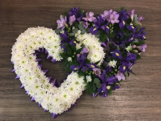 Double heart funeral tribute