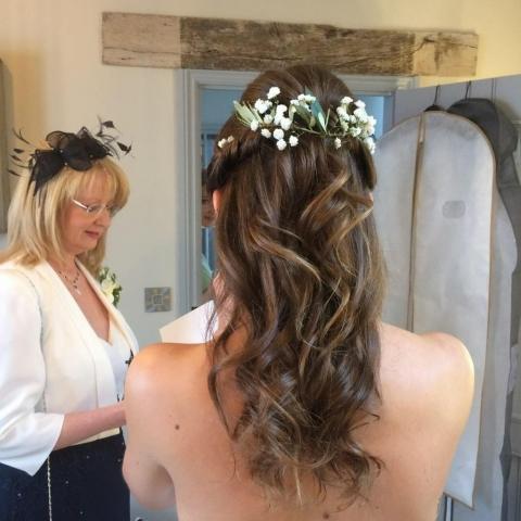 Hair flowers gyp and eucalyptus