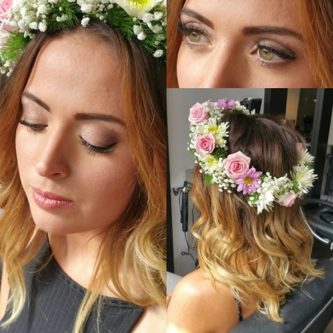 Head circlet of roses and gypsophila