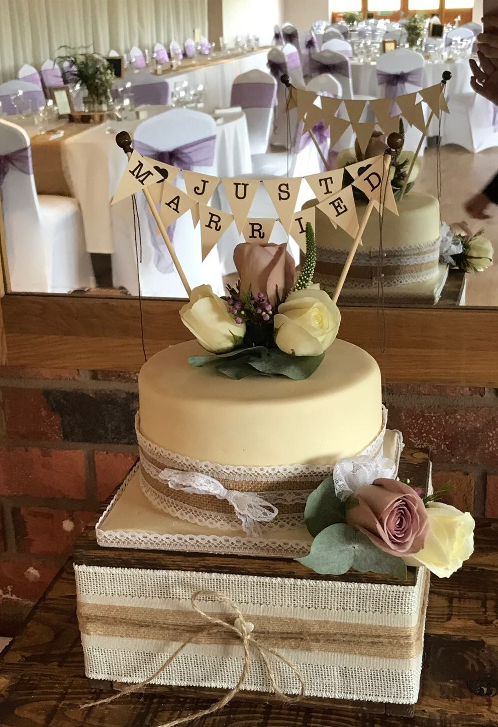 Rustic style Wedding Cake Flowers 3