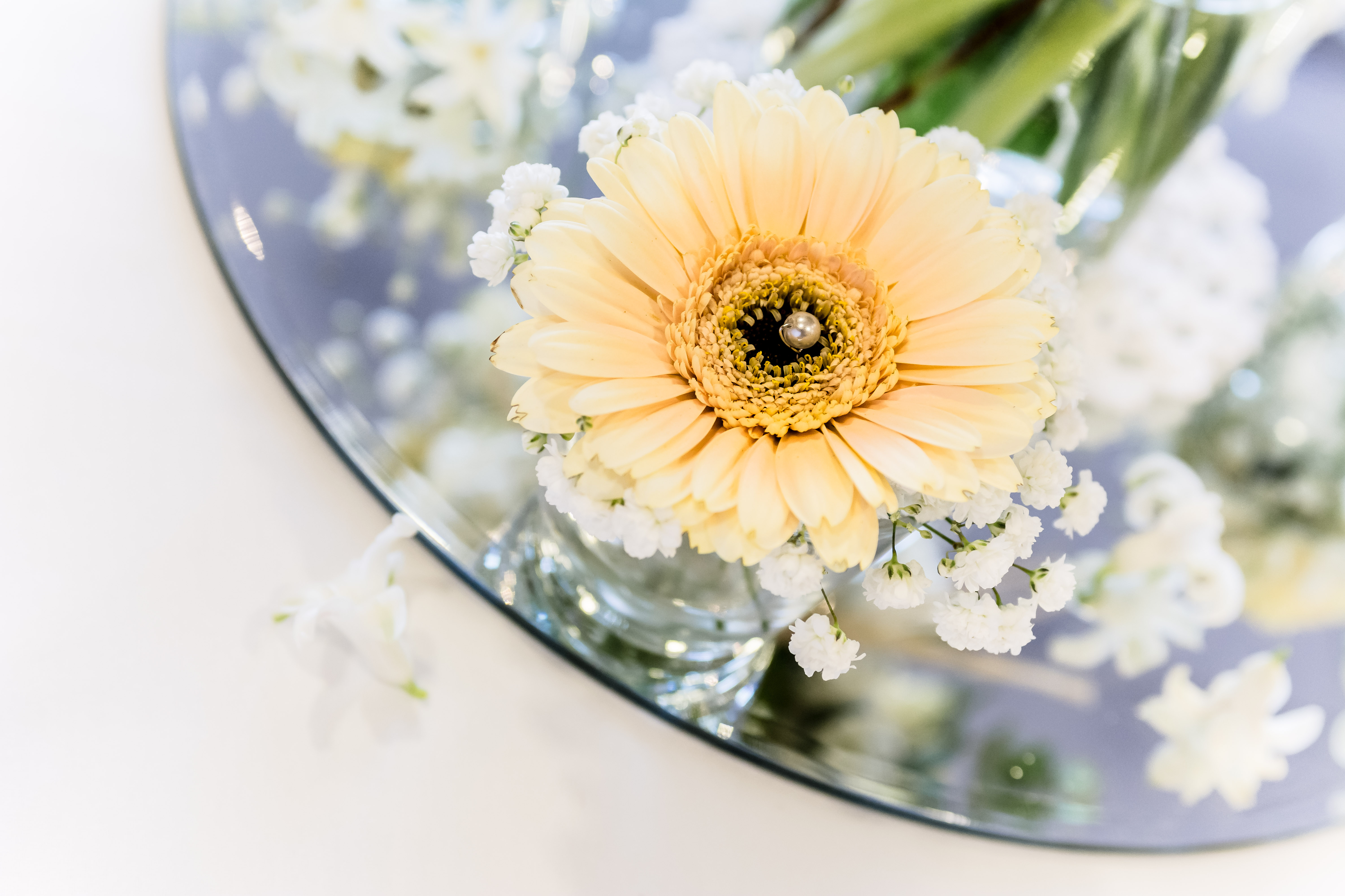 wedding-flowers-the-abbey-hotel-redditch (2)